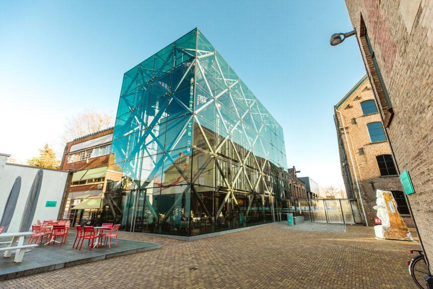 Mogelijk zaterdag 13 november  a.s.  Kleine studiereis Textielmuseum Tilburg.